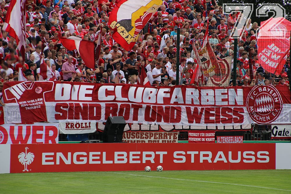 Clubfarben_Rot_Weiss